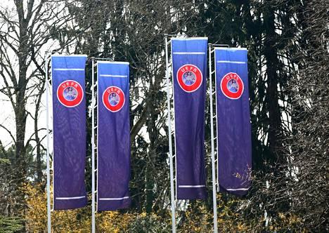 Euroopan jalkapalloliiton Uefan päämaja sijaitsee Sveitsin Nyonissa.