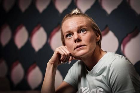 Hanna-Maari Päkk suunnitteli parantavansa tällä kaudella ennätyksiään sadalla metrillä (11,30) ja 200 metrillä (22,98).