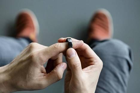 Oura kertoo, että noin 150000 ihmistä käyttää yhtiön älysormusta.