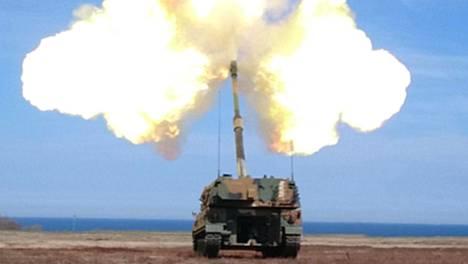 K9 Thunder pystyy ampumaan yli 40 kilometrin päähän.