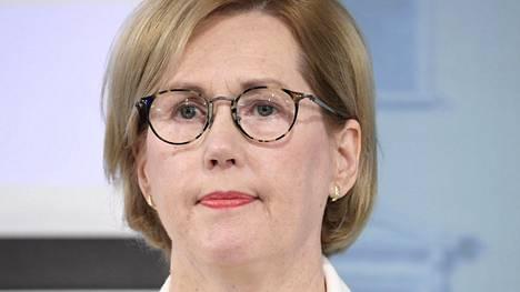"""Mikäli uudistuksia tehdään, on ensisijaisen tärkeää, että järjestöt niihin sitoutuvat"""", työministeri Tuula Haatainen (sd) sanoo."""