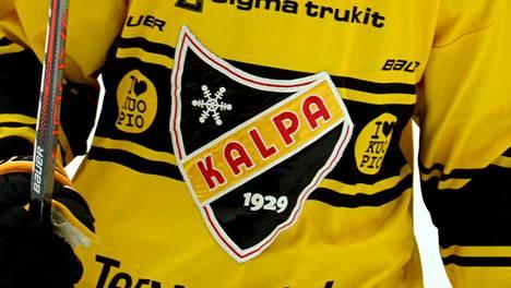 13 KalPan pelaajaa altistui koronavirukselle Kärppiä vastaan. Pelaajat määrättiin karanteeniin älykiekon avulla kerättyä dataa analysoimalla.