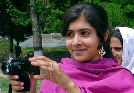 Malala Yousufzai haavoittua Talebanien hyökkäyksessä Swatin laakossa, joka on Pakistanin ja Afganistanin rajalla.