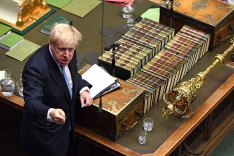 Boris Johnson puhui Britannian parlamentissa kesäkuun lopussa.