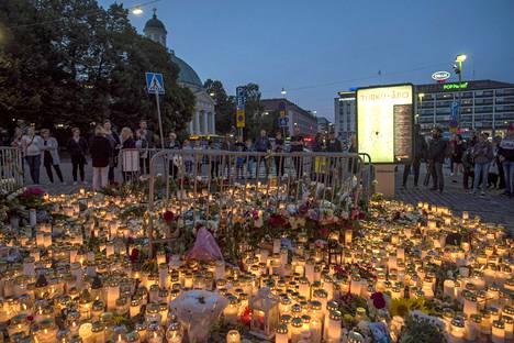 Turun puukotusisku oli viime vuoden vakavin viharikos. Iskun jälkeen lisääntyivät myös ulkomaalaistaustaisiin henkilöihin ja toimittajiin kohdistuneet viharikokset.