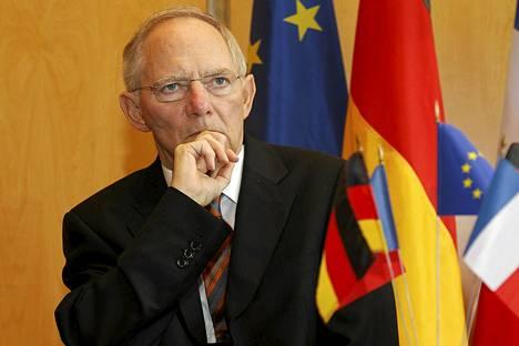 Saksan valtiovarainministeri Wolfgang Schaeuble osallistui Saksan ja Ranskan väliseen talouskokoukseen Pariisissa heinäkuussa.