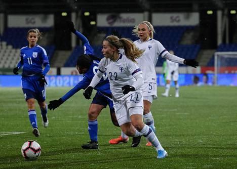 Heidi Kollanen oli tositoimissa Kyprosta vastaan viime vuoden marraskuussa.