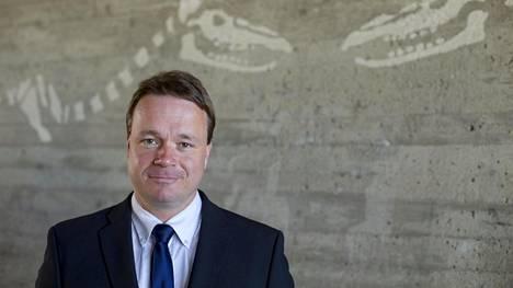 Jukka Ahtinen selvitti väitöstutkimuksessaan rikosasianajajien ja vankien suhdetta.