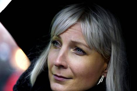 Perussuomalaisten presidenttiehdokas Laura Huhtasaari