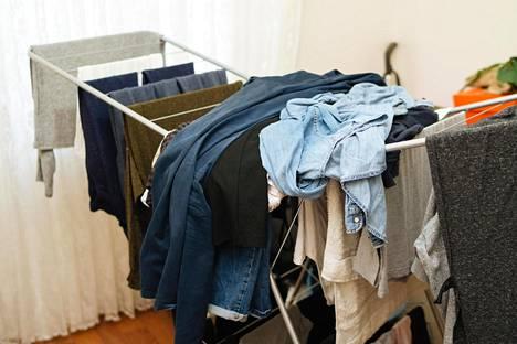 Muuttuuko pyykinkuivaustelineesi joskus likaisten vaatteittesi laskualustaksi?