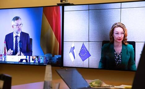 Eurooppa- ja omistajaohjausministeri Tytti Tuppurainen (sd) eurooppaministereiden epävirallisessa videoneuvottelussa 26. toukokuuta.