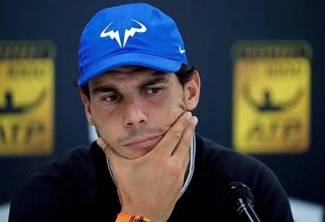 Rafael Nadal kertoi perjantaina mediatilaisuudessa vetäytymisestään.