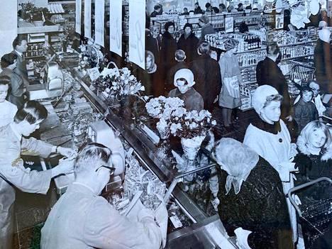 Sorsakiven kaupan avajaiset maaliskuussa 1968.