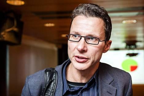 Attendon toimitusjohtaja Pertti Karjalaisen mukaan henkilöstöä on ollut vaikea rekrytoida Alavudella niin kuin koko Suomessakin.