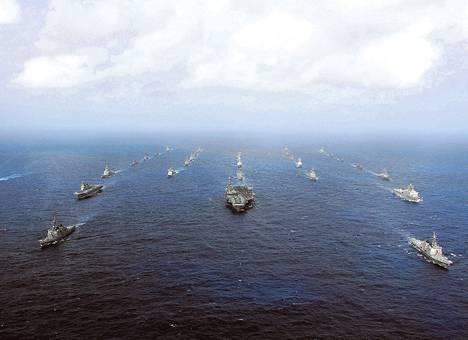 Yhdysvaltain ja Japanin laivasto pitivät yhteiset vuosittaiset sotaharjoitukset viime marraskuussa.