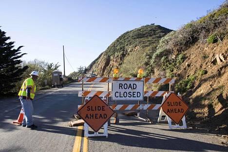 Yhdysvaltain tieverkosto on vanha ja huonossa kunnossa. Kevään rankkasateiden aiheuttamat maanvyöryt sulkivat muun muassa rantatien Big Surin alueella Kaliforniassa useiksi kuukausiksi.