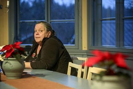 Kirjailija Kirsti Manninen sai käräjillä tuomion veropetoksesta.