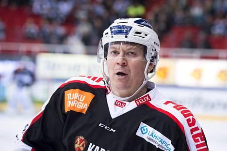 Petteri Nummelin miettii lähipäivinä, mitä aikoo tehdä tulevaisuudessa.
