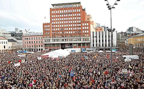 Kun Norjan hallitus yritti muuttaa aborttilainsäädäntöä, syntyi poikkeuksellinen vastareaktio. Oslossa pidettyyn naistenpäivän mielenosoitukseen osallistui maaliskuun alussa 10 000 ihmistä.