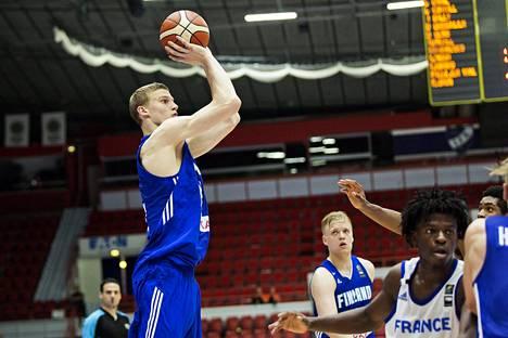 Lauri Markkanen nousi omiin korkeuksiinsa 20-vuotiaiden EM-turnauksessa viime vuonna.