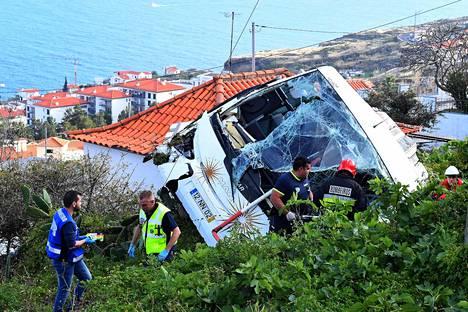 Onnettomuus tapahtui Madeiran itäosassa Santa Cruzin Caniçossa.