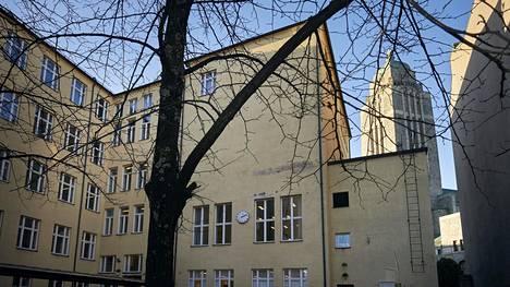 Kallion ala-asteen koulussa Helsingissä järjestettiin koronatartuntojen joukkoseulonta. Koulussa on noin 500 oppilasta.