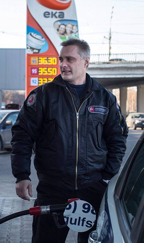 Sergei Denisov pysyy ratin takana, nousipa bensan hinta mihin tahansa.
