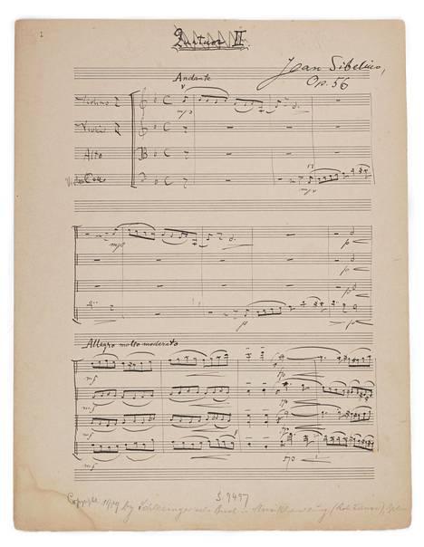 Jean Sibeliuksen Voces intimae -jousikvarteton käsikirjoituksen ensimmäinen sivu kustantajan merkinnöin.