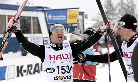 Lari Lehtonen juhli perinteisen 30 kilometrin kisassa.