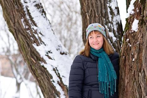Kirjailija Reeta Aarnion vuonna 2008 ilmestynyt esikoiskirja syntyi aikoinaan puolivahingossa, kun hän alkoi kirjoittaa esikoiselleen kertomusta tämän ollessa tokaluokkalainen.