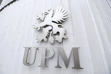 UPM on aiemmin tänä vuonna käynyt läpi yt-neuvottelut jo sahayksikössään. Yhtiö kertoi maaliskuun lopulla vähentävänsä 43 työtehtävää sahatavaraa valmistavassa yksikössään.
