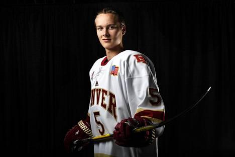 Nuorten Leijonien keskushyökkääjä Henrik Borgström opiskelee ja pelaa Denverin yliopistossa.