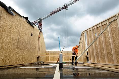 Bonava rakentaa Helsingin Kuninkaantammessa 82 asunnon kerrostalokohdetta. Kuvassa Jaanus Selja.