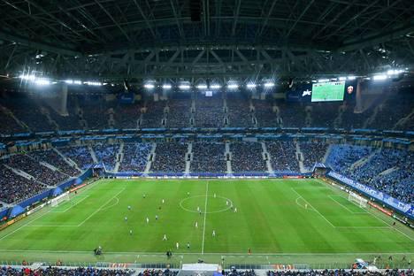 Pietarin Zenit isännöi FK Vardaria Eurooppa-liigan ottelussa Krestovski-stadionilla 23. marraskuuta.