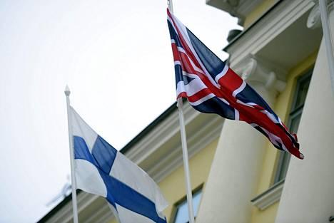 Suomessa asuvat britit ovat hakeneet Suomen kansalaisuutta Brexit-päätöksen jälkeen ahkerasti.