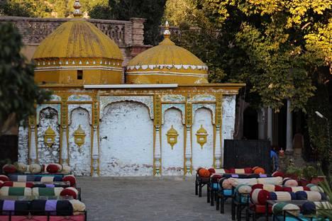 Temppeli Islamabadin Saidpur Villagessa on jäänyt ilman käyttöä.