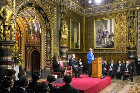 Saksan liittokansleri Angela Merkel puhui Britannian parlamentille lontoossa torstaina.