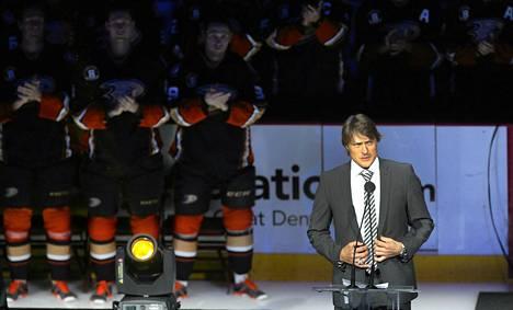 Anaheim Ducks järjesti Teemu Selänteelle upeat juhlallisuudet sunnuntaina.