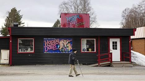 Torpshammarin kylä sijaitsee  keskellä Ruotsia. Kylän keskellä taas  sijaitsee Happy Days -ravintola.