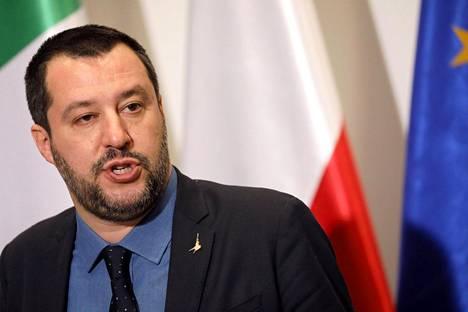 Italian varapääministeri Matteo Salvini keskiviikkona Varsovassa.