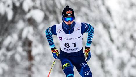 Alexander Ståhlberg hiihti perjantaina alle 20-vuotiaiden miesten MM-hopeaa.