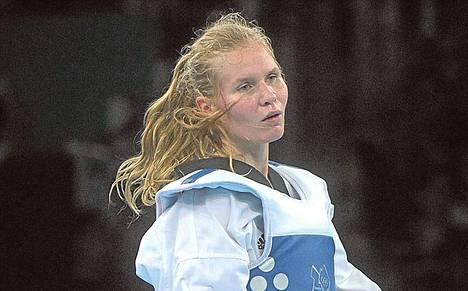 Suvi Mikkonen asuu ja harjoittelee Espanjassa.