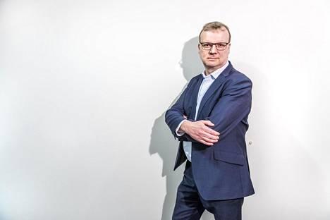 THL:n pääjohtaja Markku Tervahauta uskoo, että some-vouhotuksen sijasta ihmiset tarvitsevat enemmän tilanteita, joissa ollaan kasvokkain ja keskustellaan.