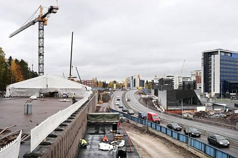 Kehä I:n tunnelityömaa lokakuussa 2017.