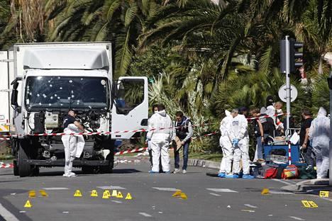 Viime vuoden tuhoisin yksittäinen terrori-isku tapahtui Nizzassa heinäkuussa, kun kuorma-auto ajoi Ranskan kansallispäivää viettävän ihmisjoukon päälle.
