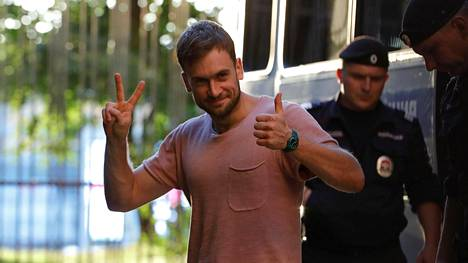 Pjotr Verzilov pidätettiin 30. heinäkuuta Pussy Riot -ryhmän tekemän mielenilmauksen takia Venäjällä.