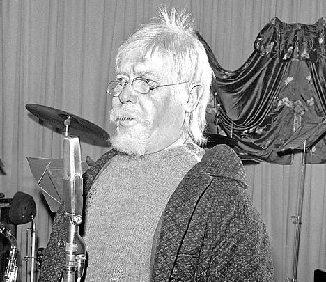 Oke Tuuri antoi äänen Tippavaaran isännälle Kankkulan kaivossa.