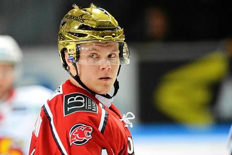 HIFK:ssa pelannut Mikael Granlund osti HIFK Fotbollin osakkeita.