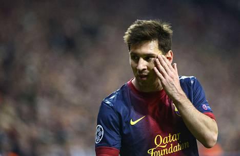 Barcelonan Lionel Messi joutui nöyrtymään ottelussa Bayer Müncheniä vastaan Münchenissä tiistaina.