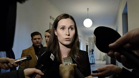 Toimitusministeristön liikenne- ja viestintäministeri, Sdp:n varapuheenjohtaja Sanna Marin eduskunnassa tiistiana 3. joulukuuta.